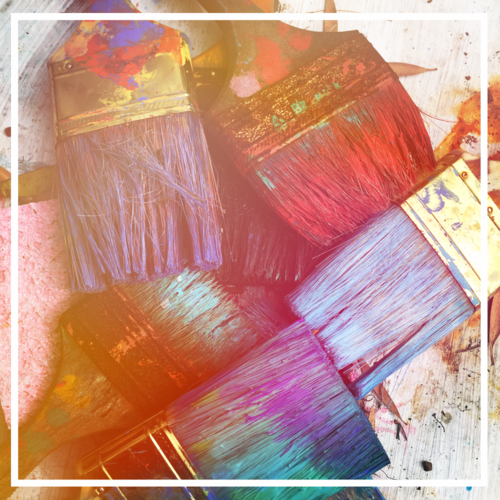 Multi-colored-Paint-brushes-in-a-pile